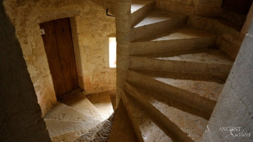 french-farmhouse-provence-limestone-spiral-stairway