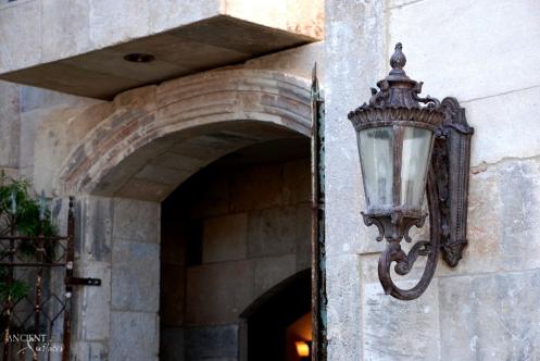mediterranean-entryway