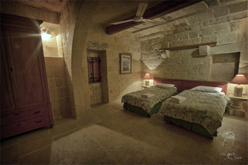 provence-guest-bedroom